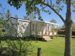 Camping disabled france camping disabled vend e for Camping le jardin du marais