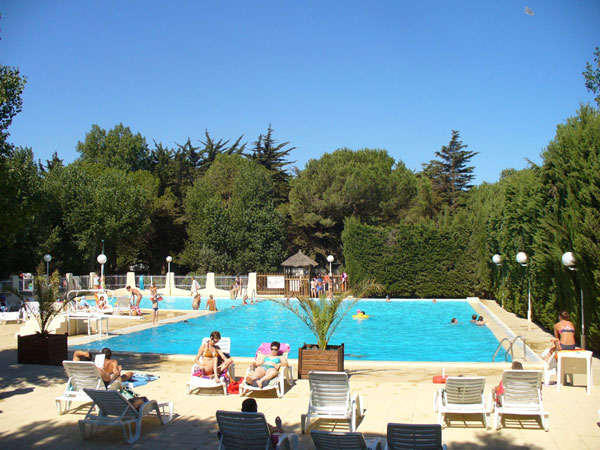 Camping le sainte marie for Piscine pyrenees orientales