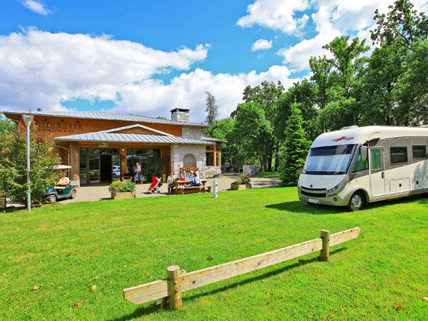 Albirondack Park Camping Lodge & Spa