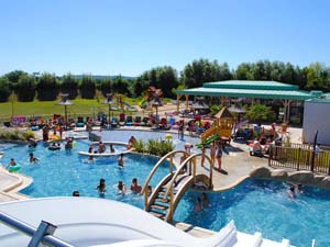Nice Campsite With Water Park France : Campsite With Water Park Poitou Charentes