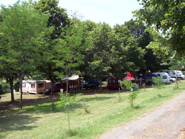 Camping avec piscine gers for Camping gers avec piscine