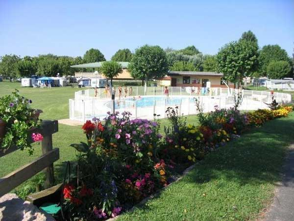 Camping Les Mûriers